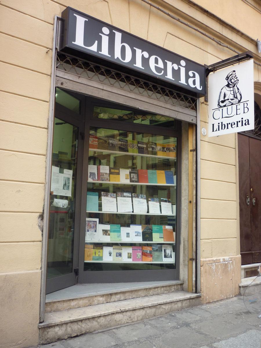 La libreria CLUEB chiude per lavori di ristrutturazione. Nelle prossime settimane potrete rivolgervi alla Libreria Patron in Piazza Verdi.